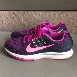 Women Nike Zoom Structure 18 running shoes size 10